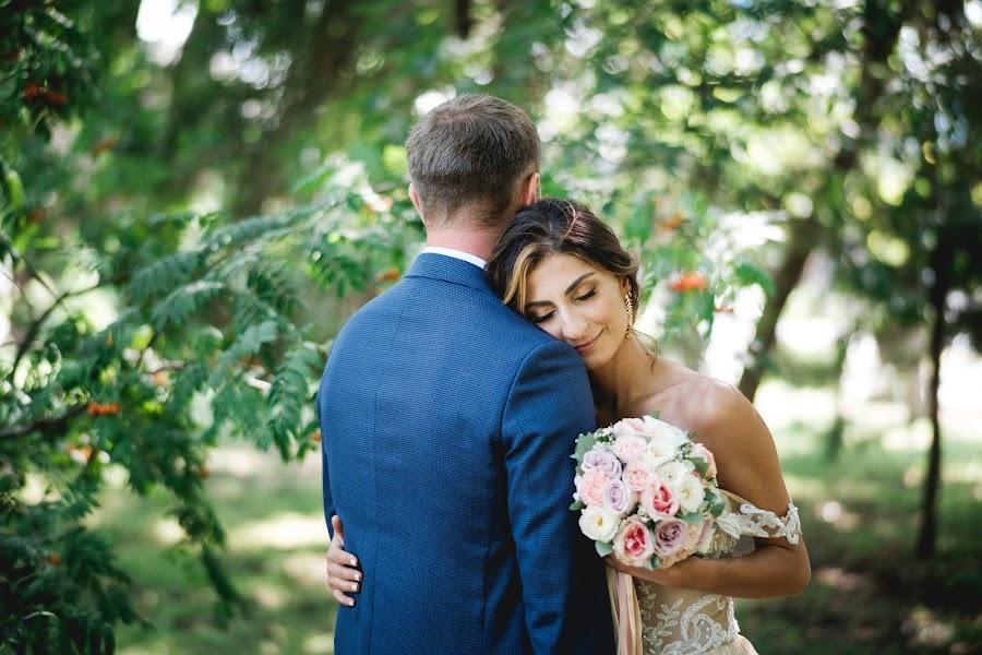 Wedding photographer Vadim Blagodarnyy (vadimblagodarny). Photo of 25.02.2019