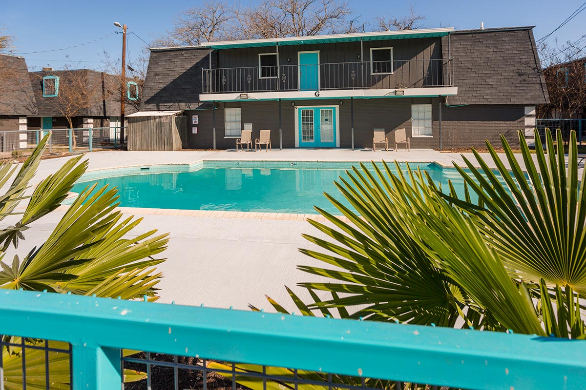 Amenities nest apartments in san marcos texas for rent for 2 bedroom apartments san marcos tx