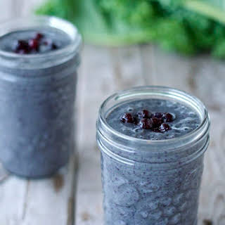 Blueberry-Kale Breakfast Smoothie.