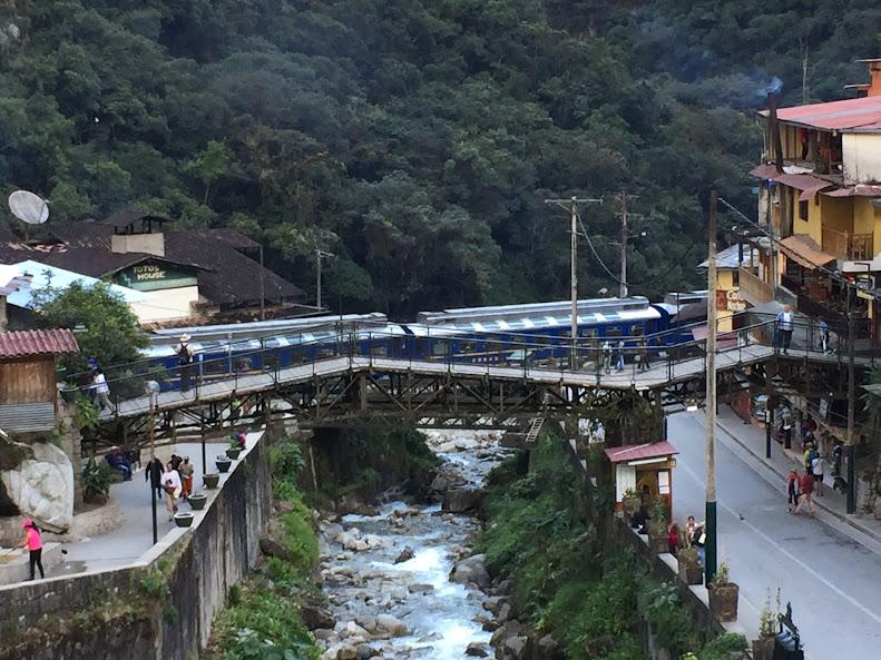 マチュピチュ村 電車