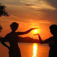 Sunset in hand di