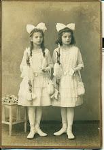 Photo: Prawdopodobnie Pierwsza Komunia Pauli i Hedwig Muller.