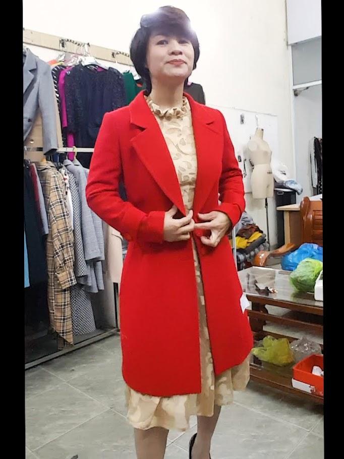 Mix đồ Váy xoè Midi với Áo khoác vest nữ thời trang thuỷ hà nội