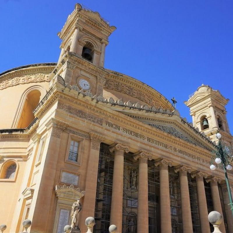 第2次世界大戦時に奇跡が起こった世界第3のドーム教会、マルタ島中北部モスタにあるモスタ教会を訪ねて