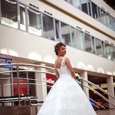Wedding photographer Oksana Nikitina (OksanaNiki). Photo of 18.05.2014