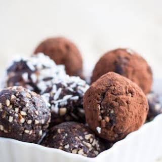 Almond Cacao Nut Balls.