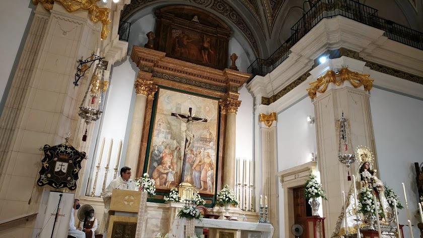 Imagen de los cultos en honor a la Virgen del Carmen Coronada, Reina de las Huertas
