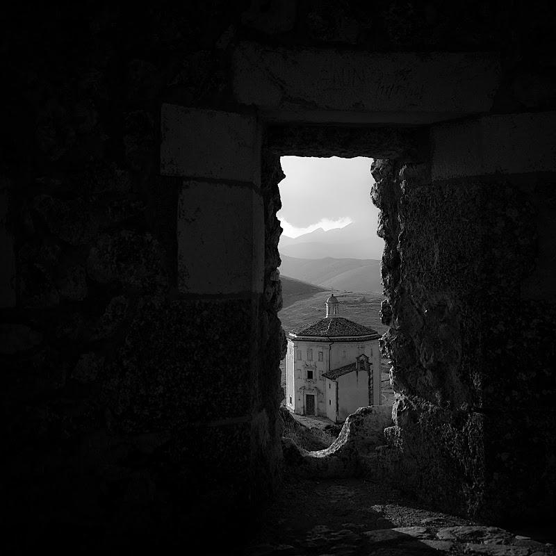 """Da Rocca Calascio - """"Il Paese dell'anima""""  di R. Depratti"""