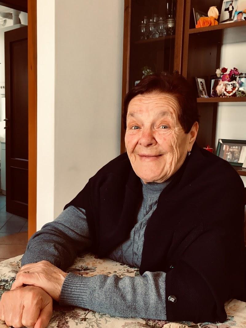 Granny  di ValentinaBenassi