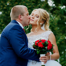 Wedding photographer Slava Naumov (SlavikNaumov). Photo of 10.12.2016