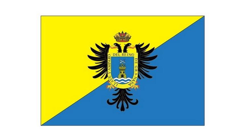 Bandera que se ha convertido en la primera abndera oficial de Mojácar.