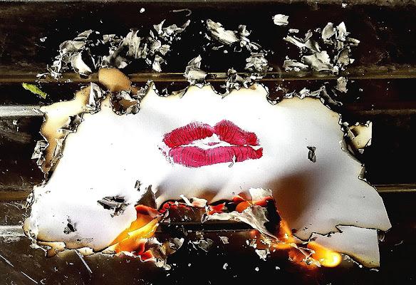 Il bacio bruciato  di ShadyDelle