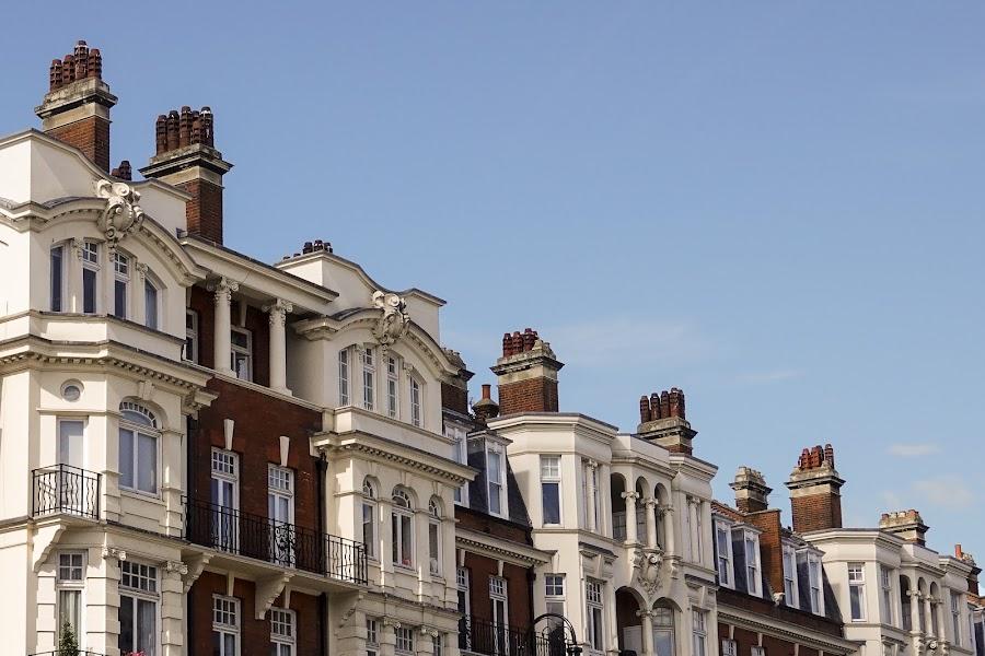 London - All in a Row by Dee Haun - City,  Street & Park  Neighborhoods ( england, neighborhoods, london, city, 180924f4313ce1 )