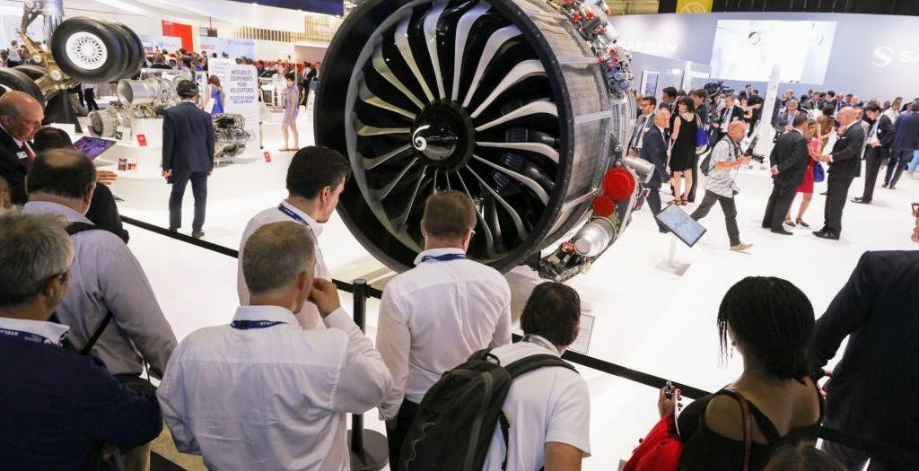 CFM разработал LEAP для следующего поколения однопроходных самолетов, таких как Airbus A320neo, Boeing 737 MAX и китайский COMAC C919.