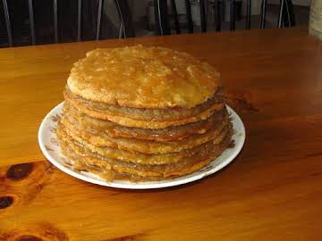 Old-Fashioned Stack Cake with Appalachian Apple Butter Filling