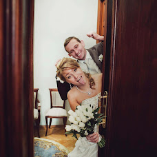Wedding photographer Sonya Badeeva (SoniaSverchok). Photo of 02.02.2014