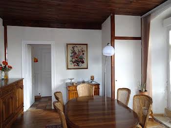 Maison 12 pièces 158 m2
