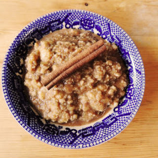 Chai-Infused Vanilla Quinoa Porridge