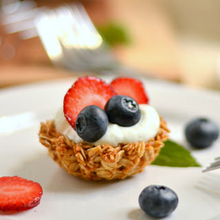 Granola Breakfast Tarts with Yogurt and Berries
