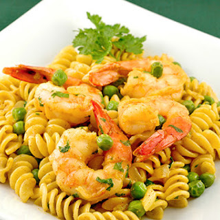 Curried Shrimp with Rotini and Peas