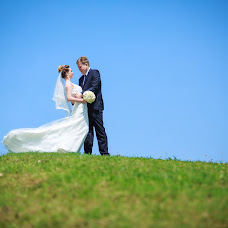 Wedding photographer Maksim Simanovich (Simanovich). Photo of 10.08.2016