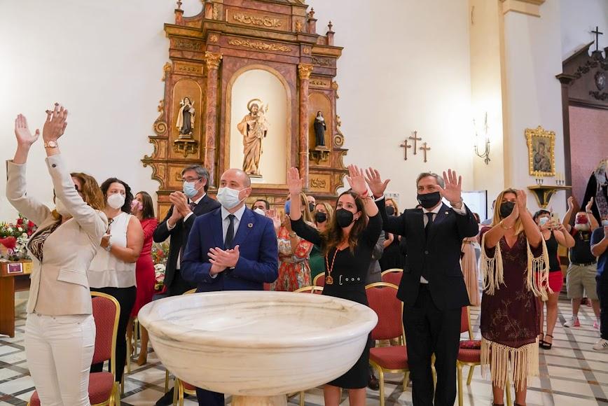 Autoridades y representantes de distintas formaciones políticas acuden a Dalías.