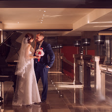 Wedding photographer Kseniya Ovchinnikova (witehappy). Photo of 10.02.2016