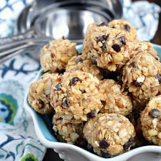 Nutty Granola Bites