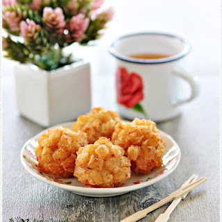 Deep Fried Seafood Balls.