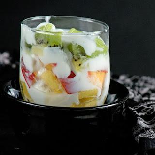 2 min Layered Yogurt Fruit Salad.