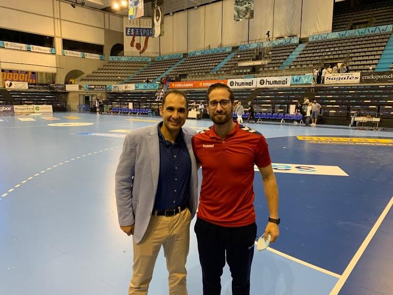 Con Requena, almeriense y nuevo entrenador del BM Guadalajara.