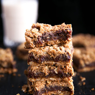 Ooey-Gooey Dark Chocolate Espresso Date Oat Bars