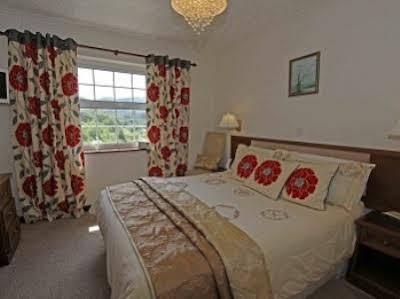 Bryn Eglwys Hotel