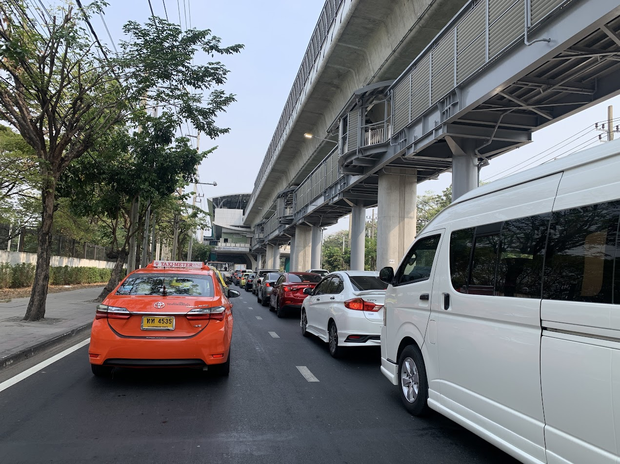 BTS タイ空軍博物館駅