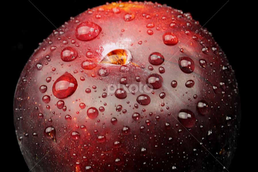 by Dipali S - Food & Drink Fruits & Vegetables ( juicy, patterns, plump, bright, plastics, plums, fruits, plenty, organized, delicious, edible, picked, organization, arrangement, foods, fresh, arranged, brilliant, eat, harvest, crate, produce, pluots )