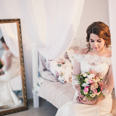 Wedding photographer Evgeniya Dobrotvorskaya (dobrotvorskaya). Photo of 10.12.2015