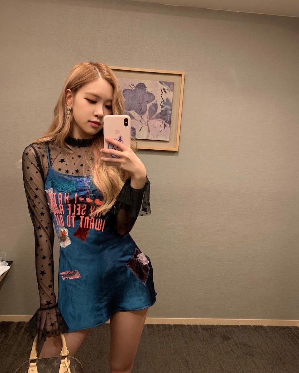 rose mirror 3