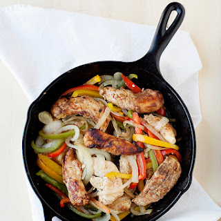 How to Make Chicken Fajitas at Home.
