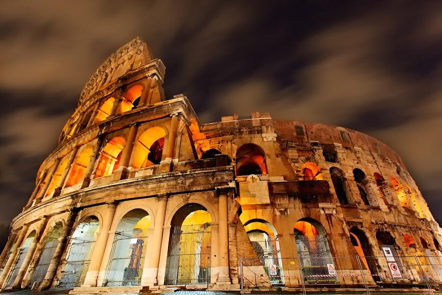 colosseum at night by Carlo Romero - Buildings & Architecture Public & Historical ( colosseum, carlo antonio romero, europe, rome, long exposure, night shot )