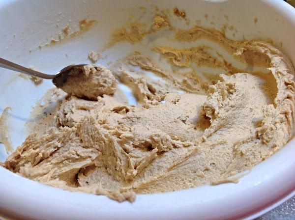 Creamy Peanut Butter Frosting Recipe