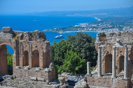 Explore classic ruins along the coast of Italy on your next Ponant cruise.