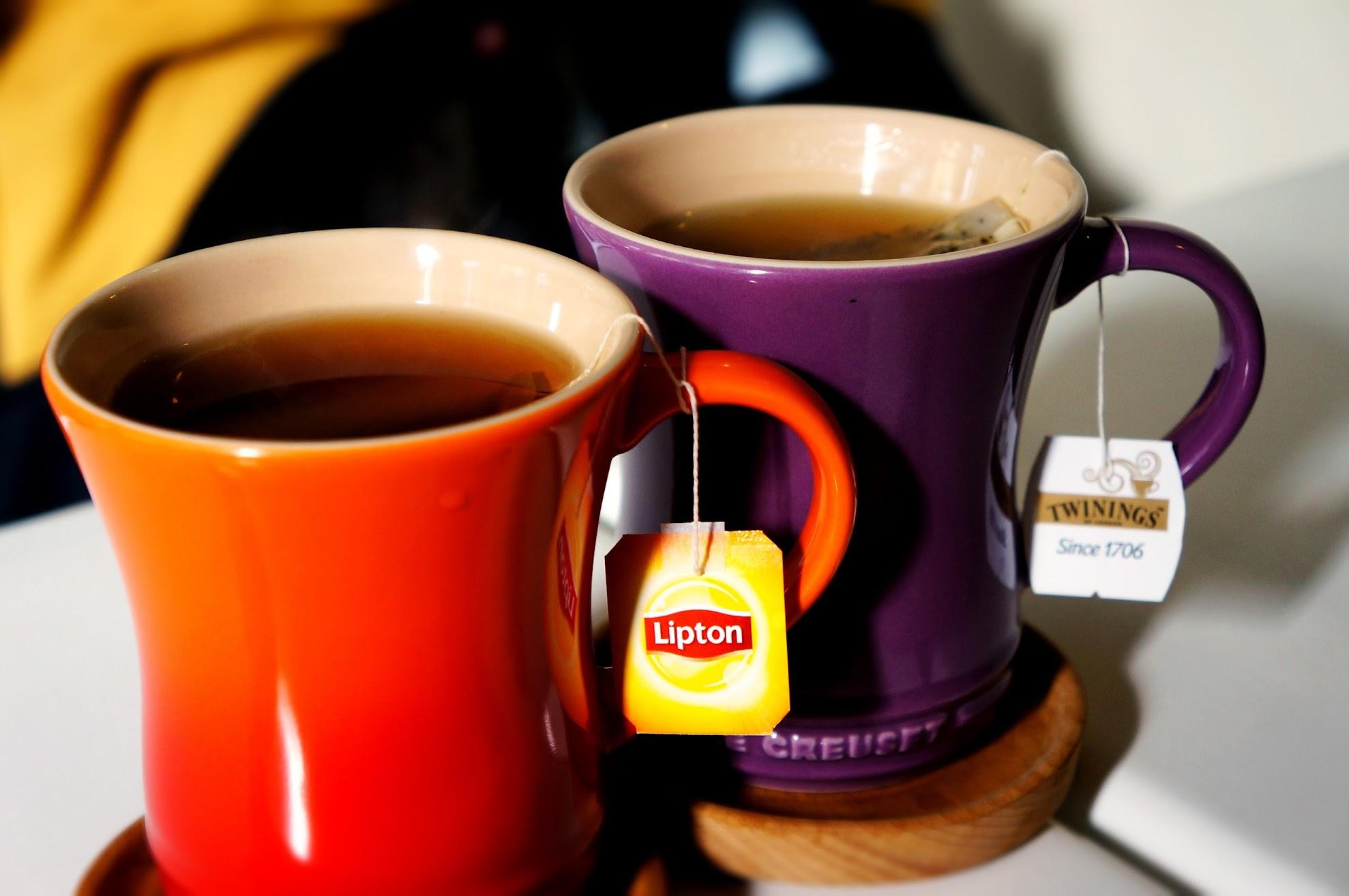 飲料,就是茶包泡的囉