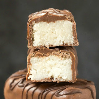 Homemade Paleo Vegan Bounty Bars (Keto, Sugar Free).