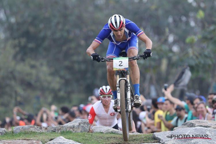 Tweevoudig olympisch kampioen Julien Absalon houdt door nieuwe tegenslag mountainbiken voor bekeken