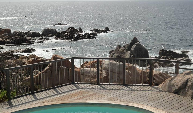 Maison avec piscine en bord de mer Coti-Chiavari
