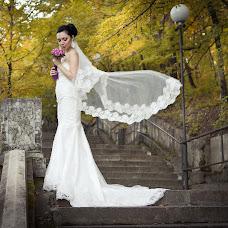Wedding photographer Snezhana Semenova (Snejnaya). Photo of 21.10.2013
