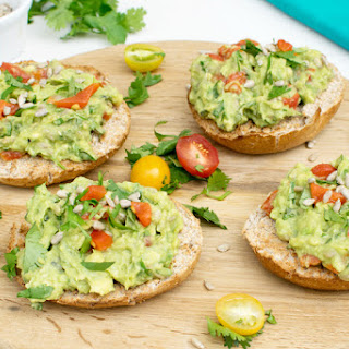 The 5 Min Avocado Spread [vegan]
