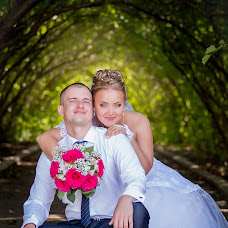Wedding photographer Alena Valeeva (wedding02). Photo of 11.05.2015