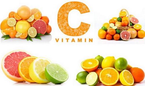 nen bo sung vitamin c khi bi cam cum