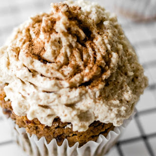 Date-Sweetened Pumpkin Spice Cupcakes [Vegan, Gluten-Free].